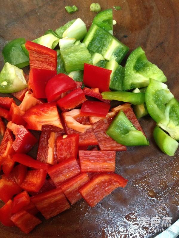 青椒炒焖子的家常做法