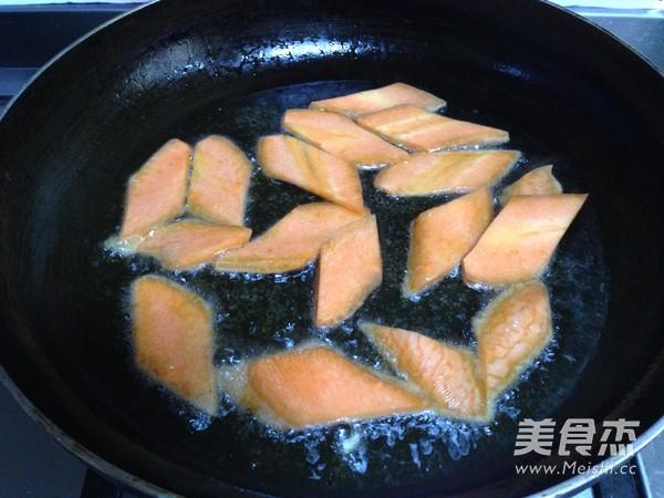 腊肉干锅土豆片怎么炖