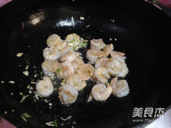 西兰花炒虾仁怎样做