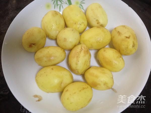 小土豆炖肉怎么炖