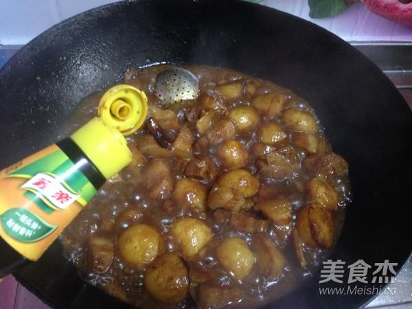 小土豆炖肉怎样做