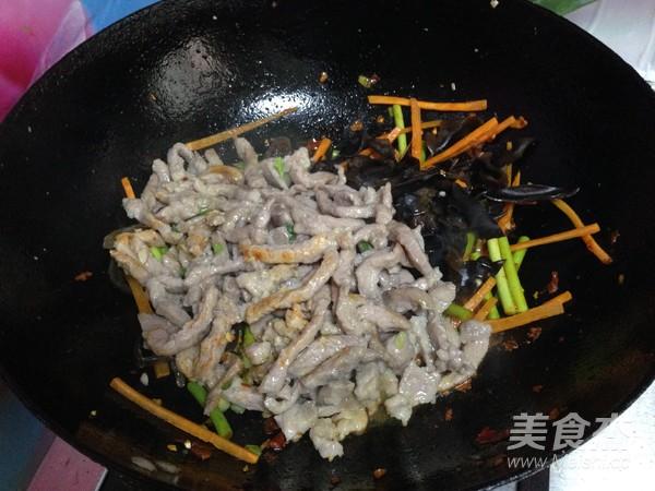 鱼香肉丝盖浇饭的做法大全