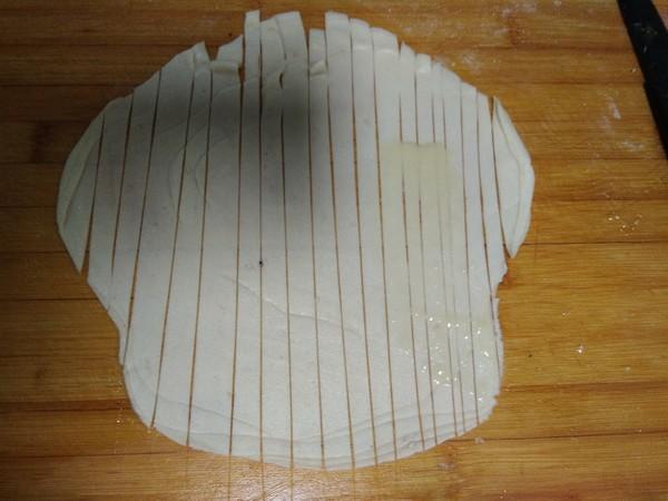 饺子皮版金丝饼怎么炒