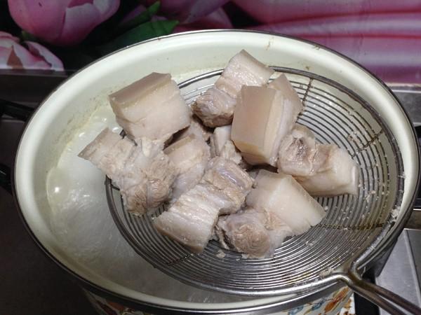 五花肉烧腐竹怎么吃