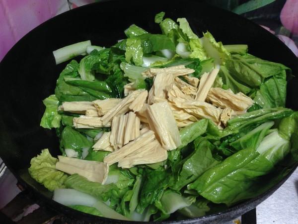 小白菜烧腐竹怎么煮