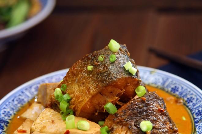 酱香胖头鱼炖豆腐成品图