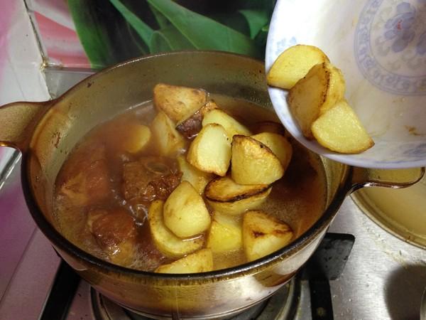排骨炖土豆怎样炒