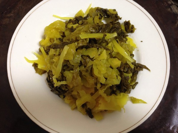 酸菜炒肉丝的简单做法