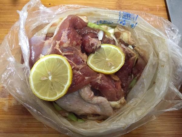 柠檬蜜汁烤鸭腿怎么吃