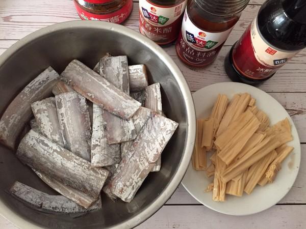 腐竹炖带鱼的做法大全