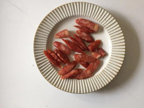 蒜蓉腊肠金针菇的家常做法