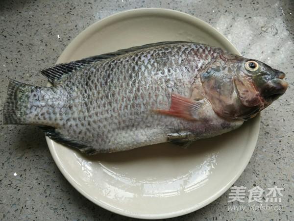 秘汁清蒸罗非鱼的做法大全