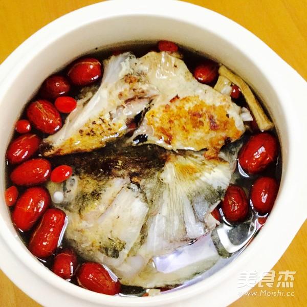 天麻炖鱼头怎么炒