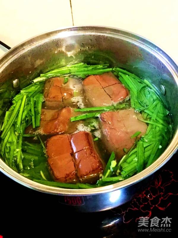 韭菜猪红汤怎么做