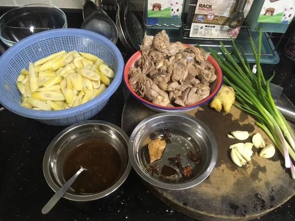 鲜竹笋焖鸭的做法大全
