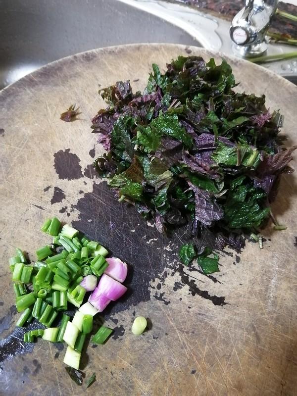 鸡蛋紫苏炒米粉的家常做法