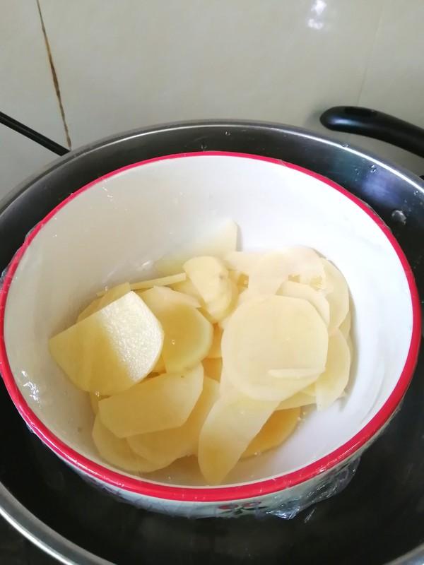 来点新意思~~奶香土豆饼的做法图解
