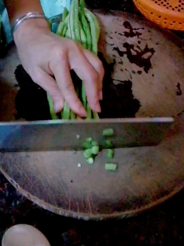 豆角炒面条怎么吃