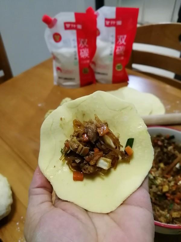 美味又健康还有不错的颜值~~南瓜老面包子怎样炖