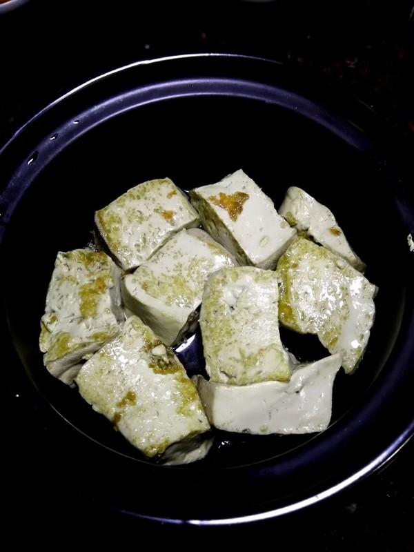 简简单单也不失美味~~金针菇豆腐煲怎么煮