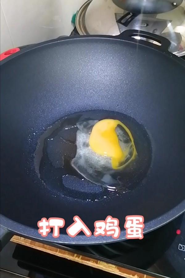 简简单单也不失美味~~西葫芦炒腊肠怎么吃