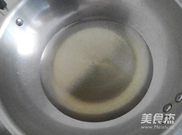 炸油条怎么做
