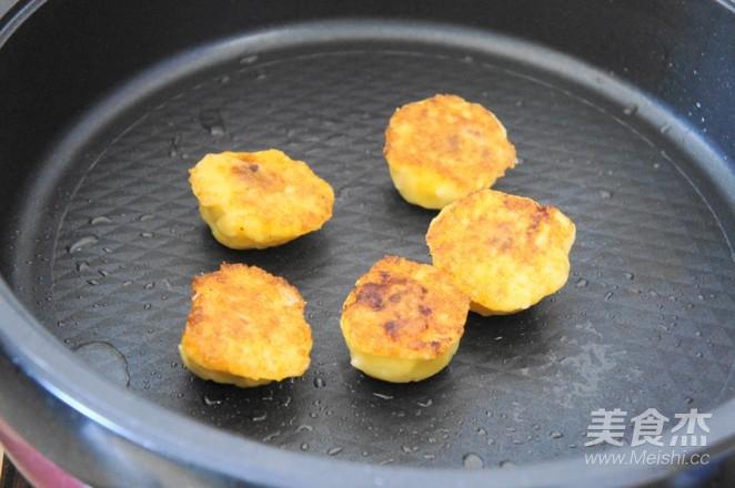 香煎粘豆包的简单做法