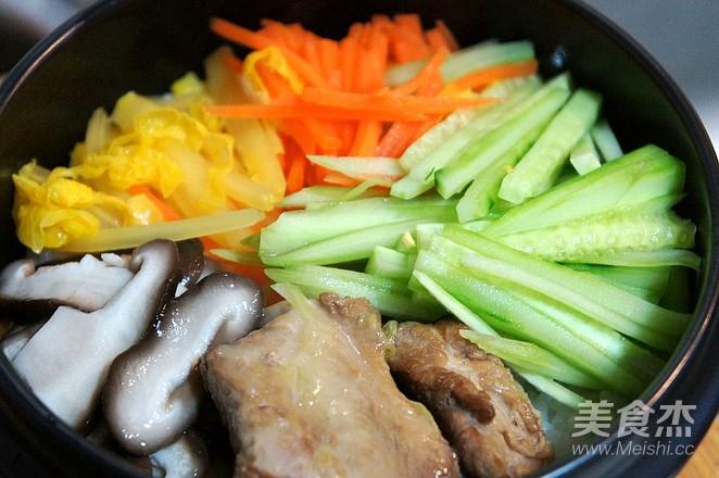 韩式石锅拌饭怎么煮