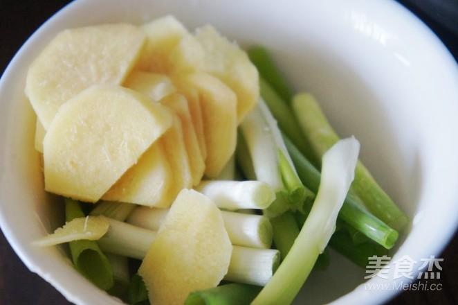 排毒养颜——鸡腿菌菇汤怎么吃