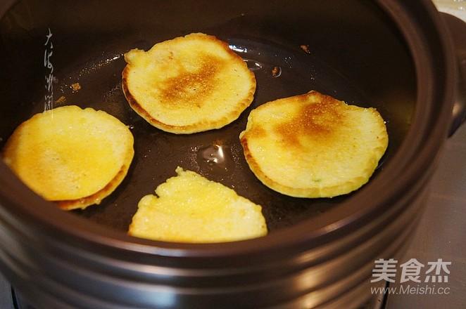 快手早餐,葱香玉米面饼的简单做法