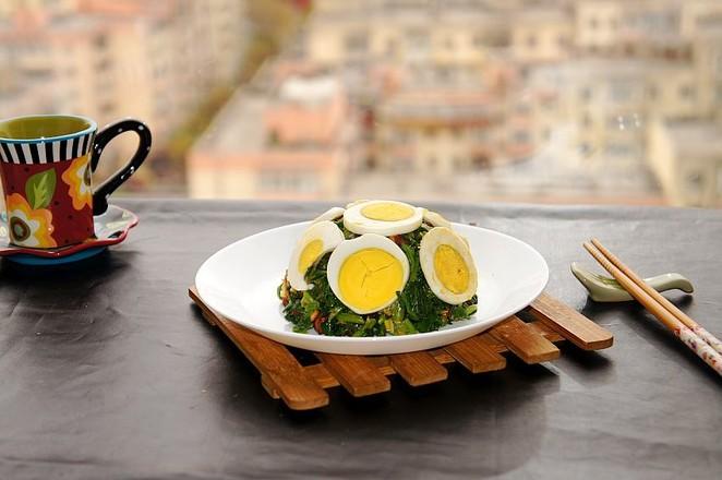 麻将菠菜拌鸡蛋成品图