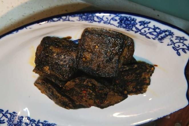 浇汁臭豆腐怎么吃