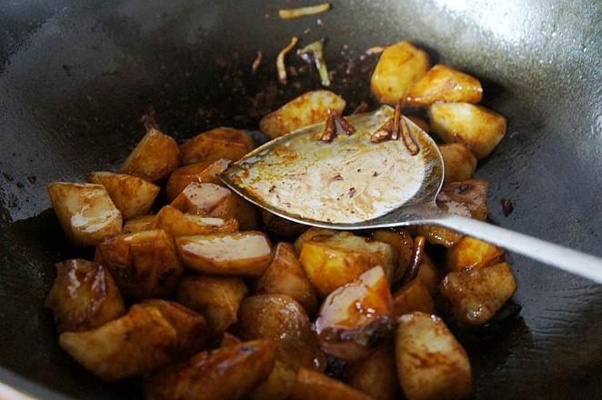 土豆炖牛腩的简单做法