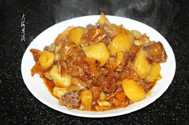 土豆炖牛腩怎么煮