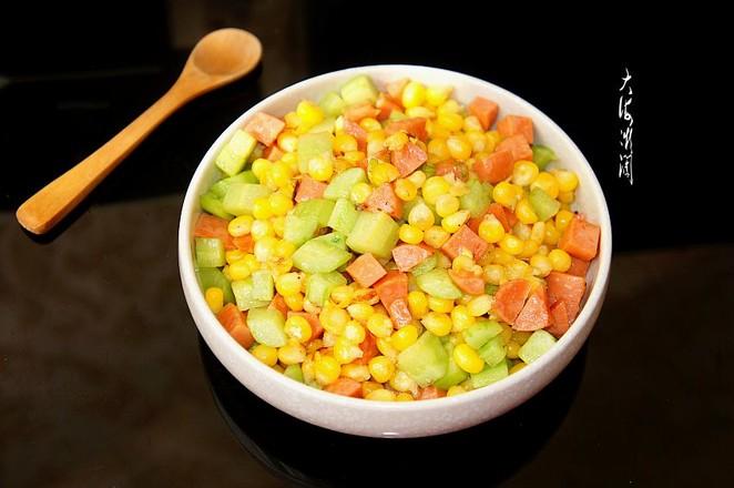 嫩玉米粒炒火腿肠成品图