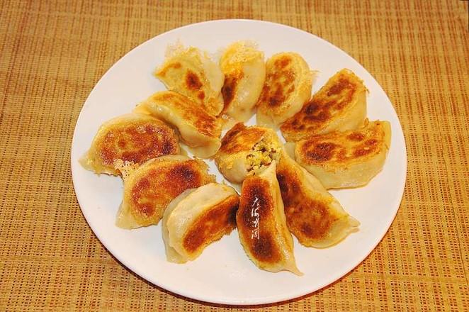 白菜香菇素馅水煎饺怎样做