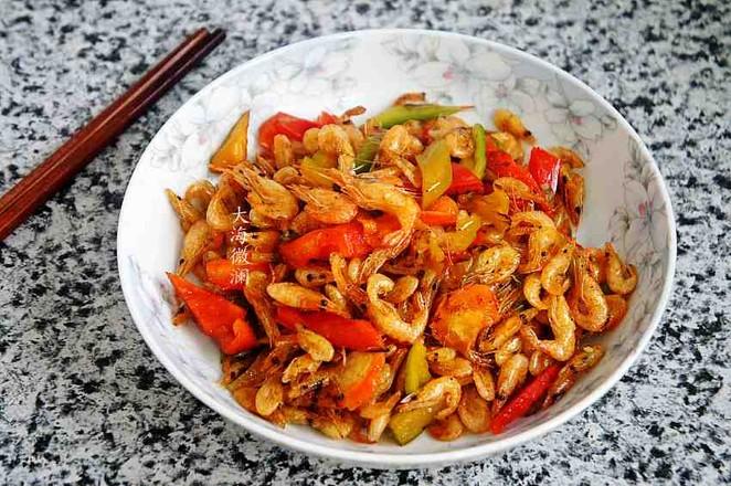 青椒炒小河虾怎么做