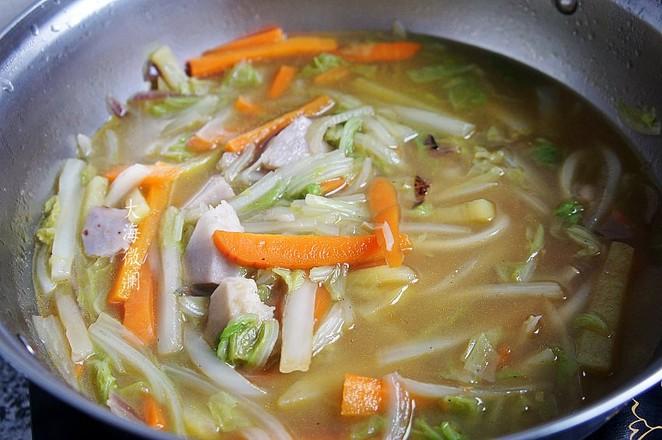 白菜胡萝卜土豆汤怎么做