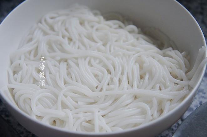 河蟹煮米粉怎么煮
