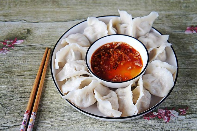 酸菜猪肉馅水饺怎么炒