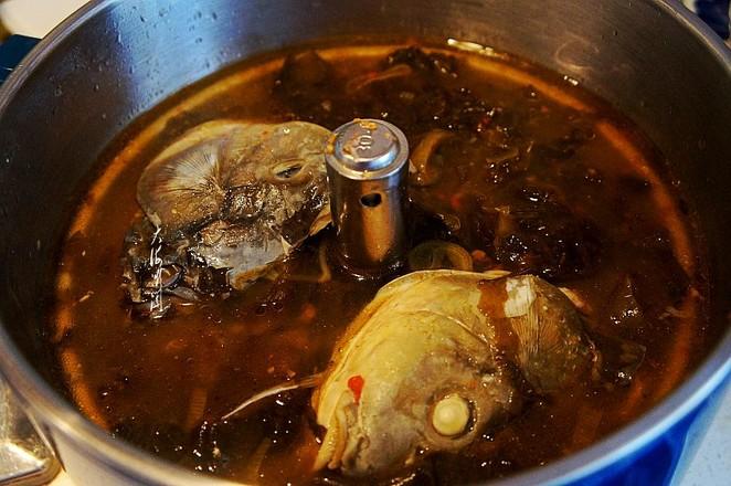 三道鳞鱼火锅的步骤