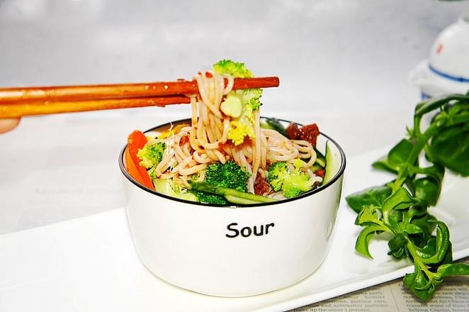 香菇牛肉酱米线怎么煮