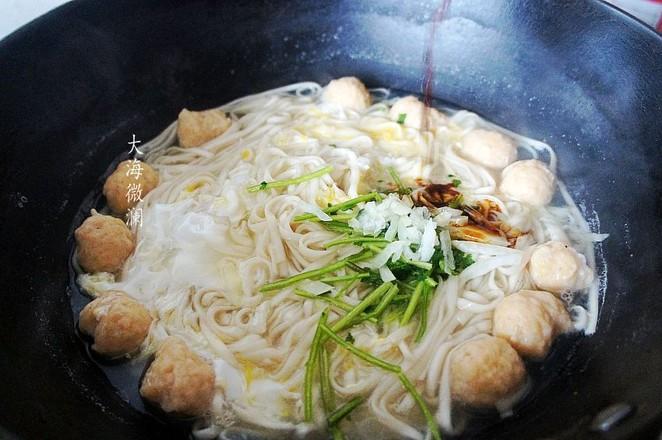 热汤面怎么吃