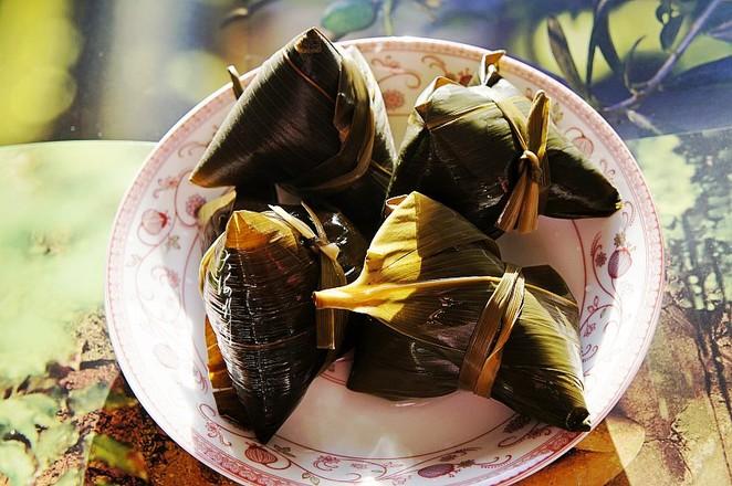 大黄米粽子成品图