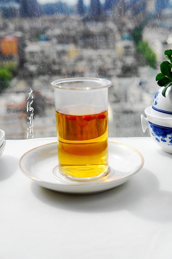 秋天女人常喝点红茶,暖体抗寒,皮肤滋润气色好成品图