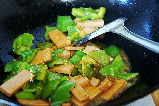 青椒炒火腿怎么吃