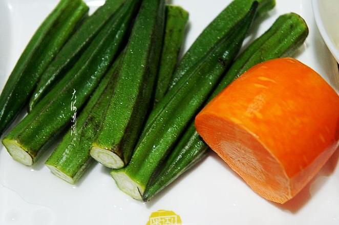 冻豆腐炒秋葵的做法大全
