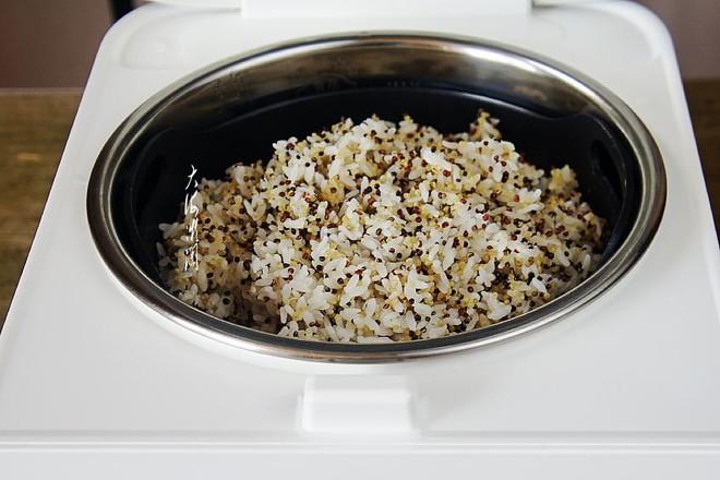 三色藜麦米饭怎么炒