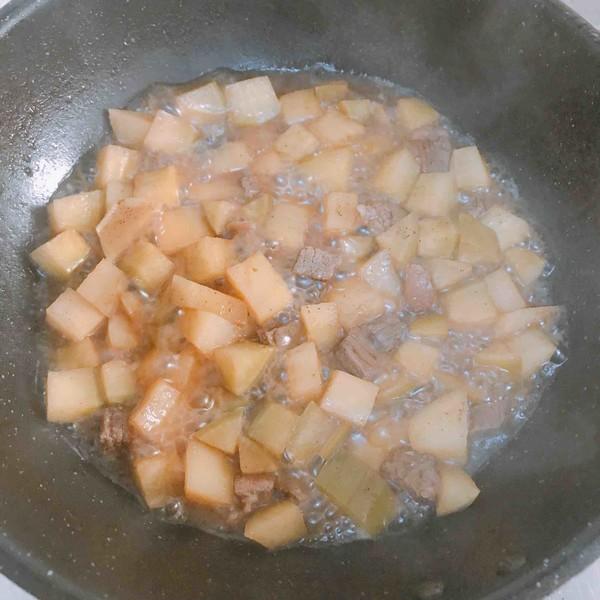 牛肉萝卜炖土豆怎么做