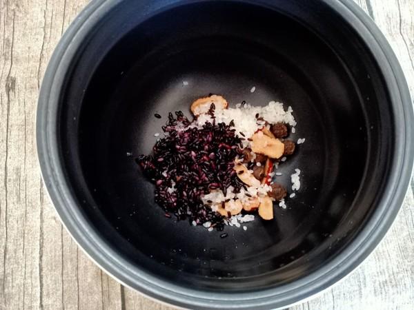 桂圆红枣黑米粥怎么做